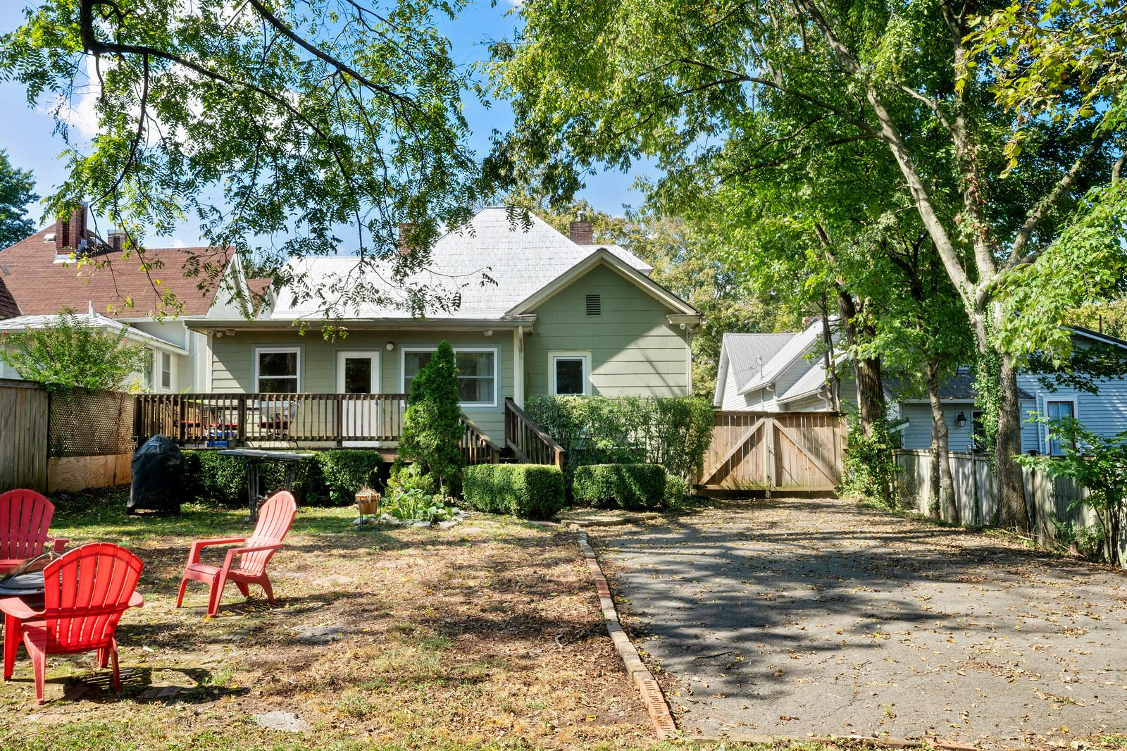 $369,900 - 3Br/4Ba -  for Sale in None, Springfield