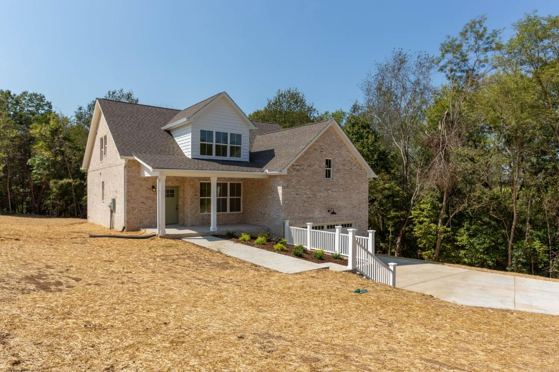$379,900 - 3Br/3Ba -  for Sale in Shannon View, Springfield