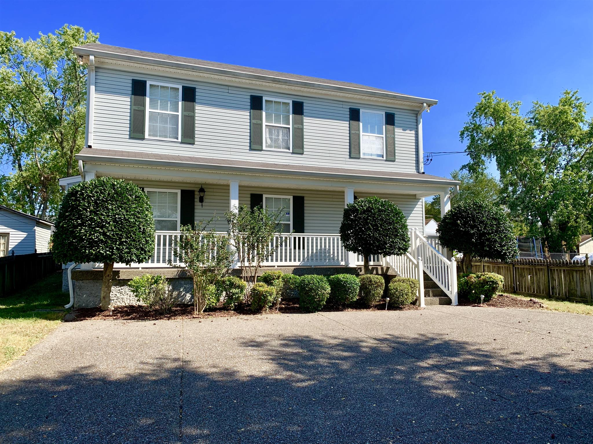 $355,900 - 3Br/3Ba -  for Sale in Berryville, Old Hickory