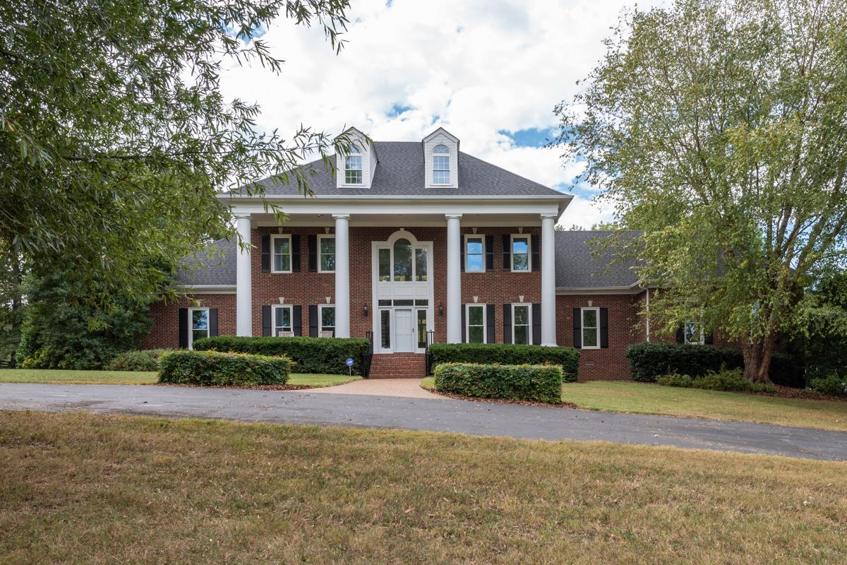 $1,050,000 - 4Br/5Ba -  for Sale in None, Cross Plains