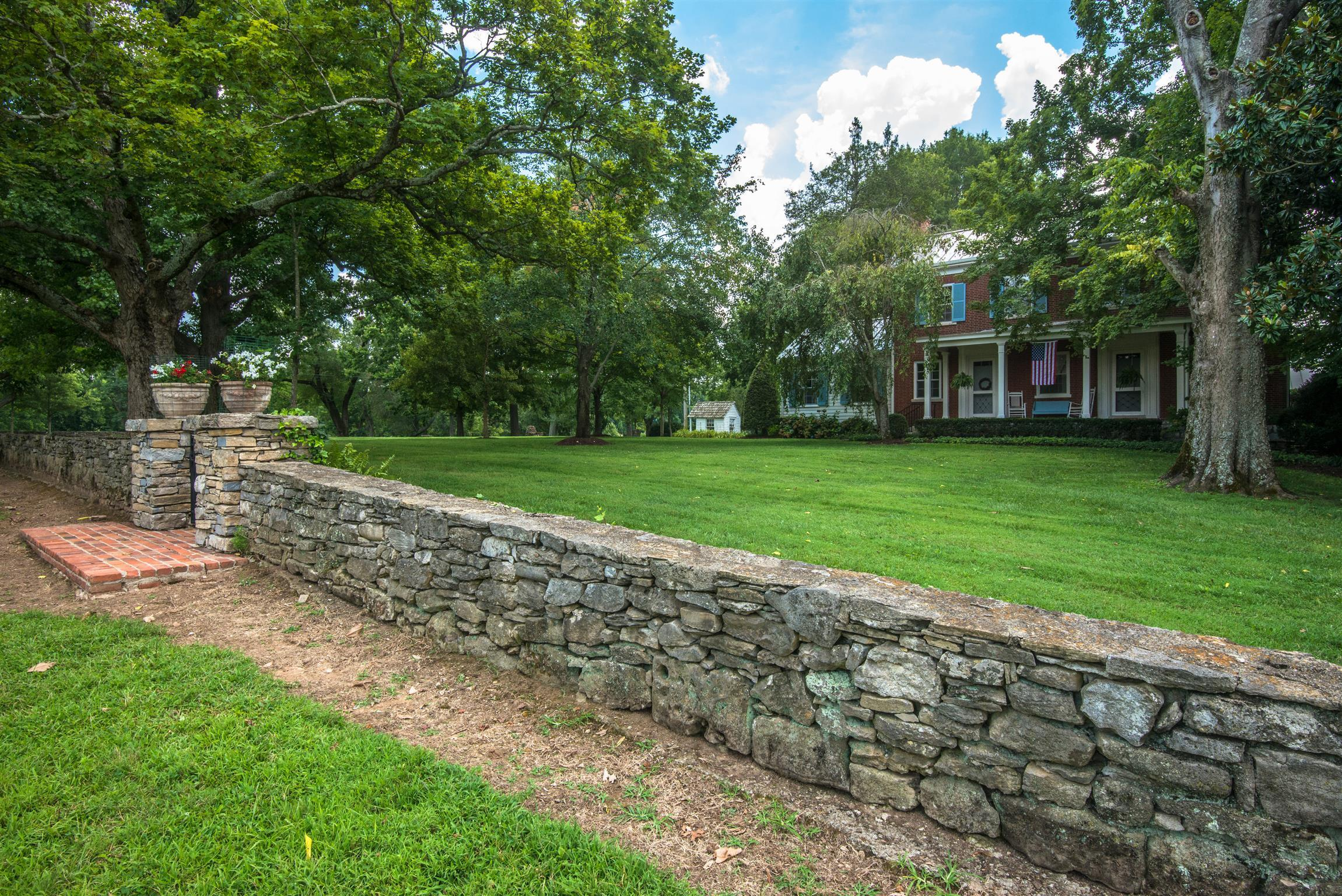 $11,750,000 - 7Br/5Ba -  for Sale in Brentwood, Brentwood