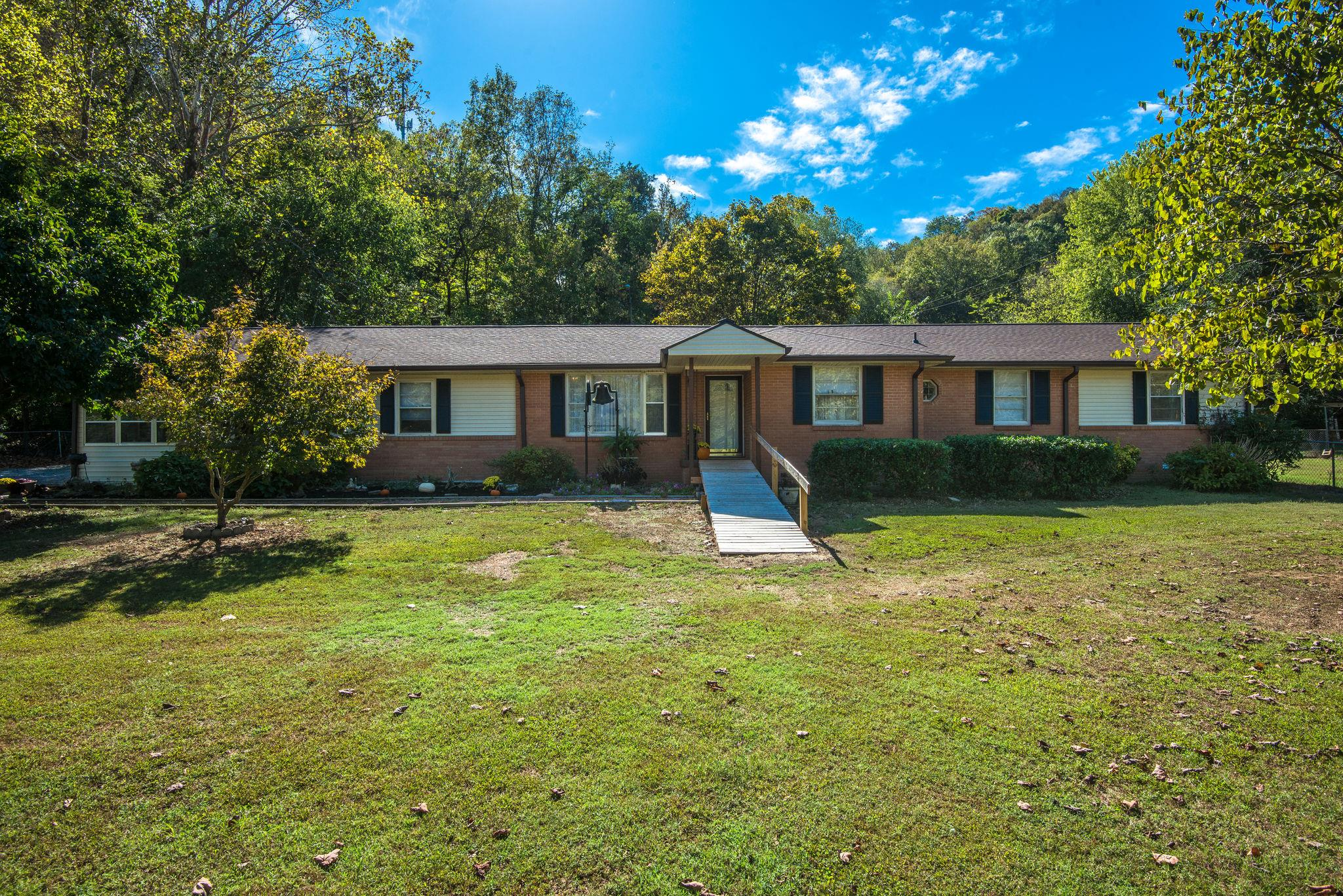 $467,500 - 4Br/3Ba -  for Sale in 7201, Whites Creek