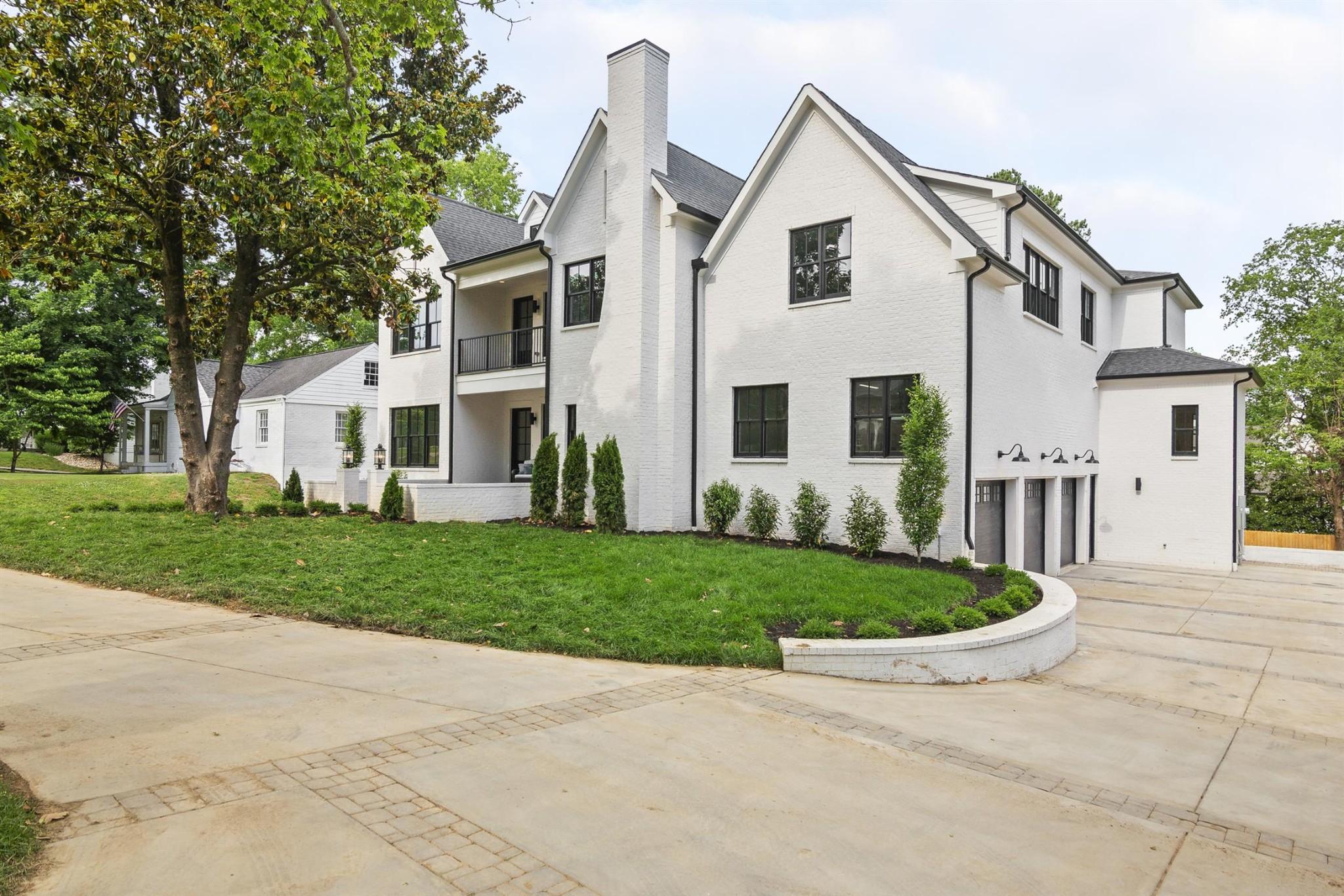 $1,989,800 - 5Br/8Ba -  for Sale in Green Hills, Nashville