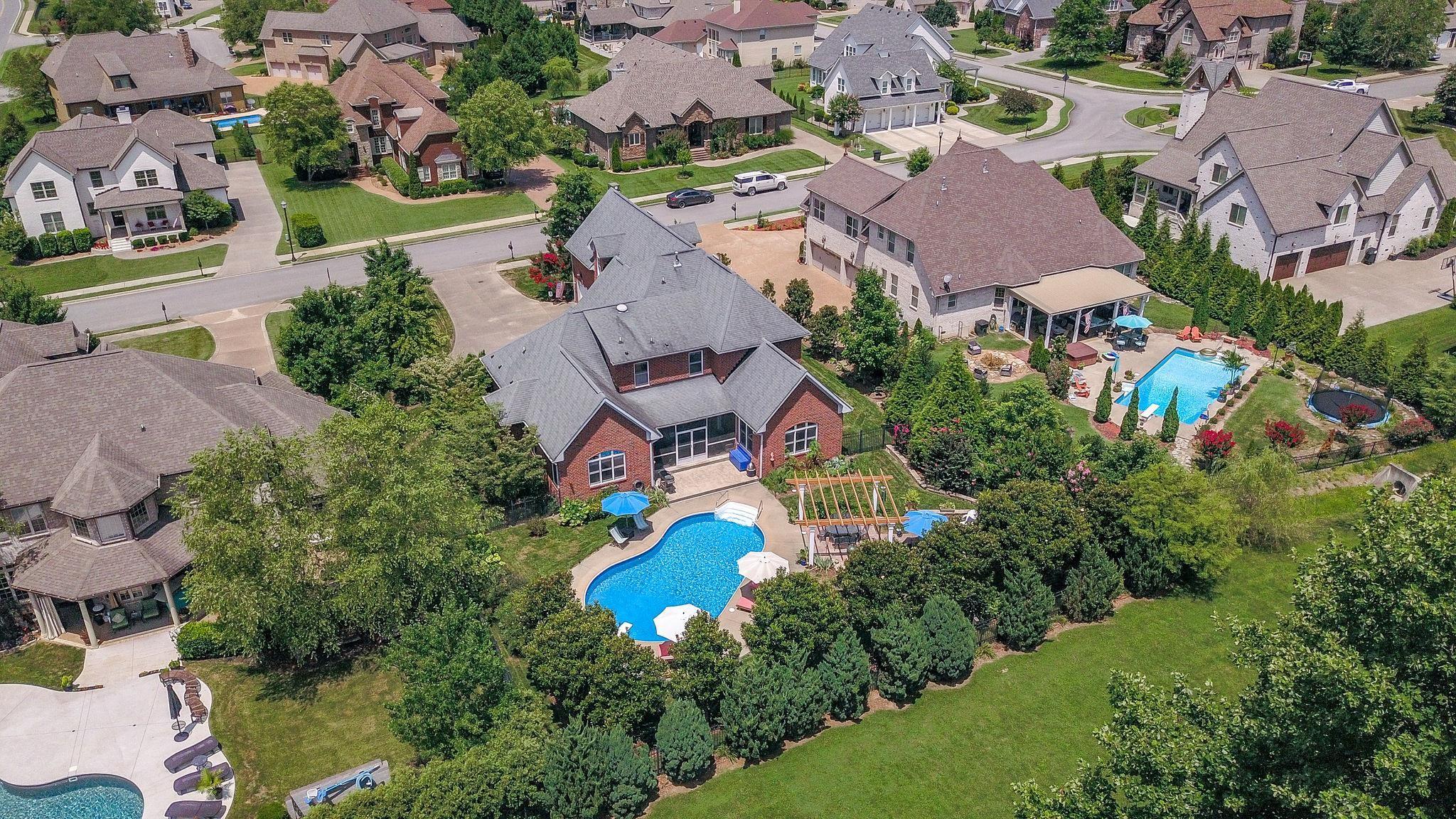 $699,900 - 4Br/5Ba -  for Sale in Drakes Pointe, Hendersonville