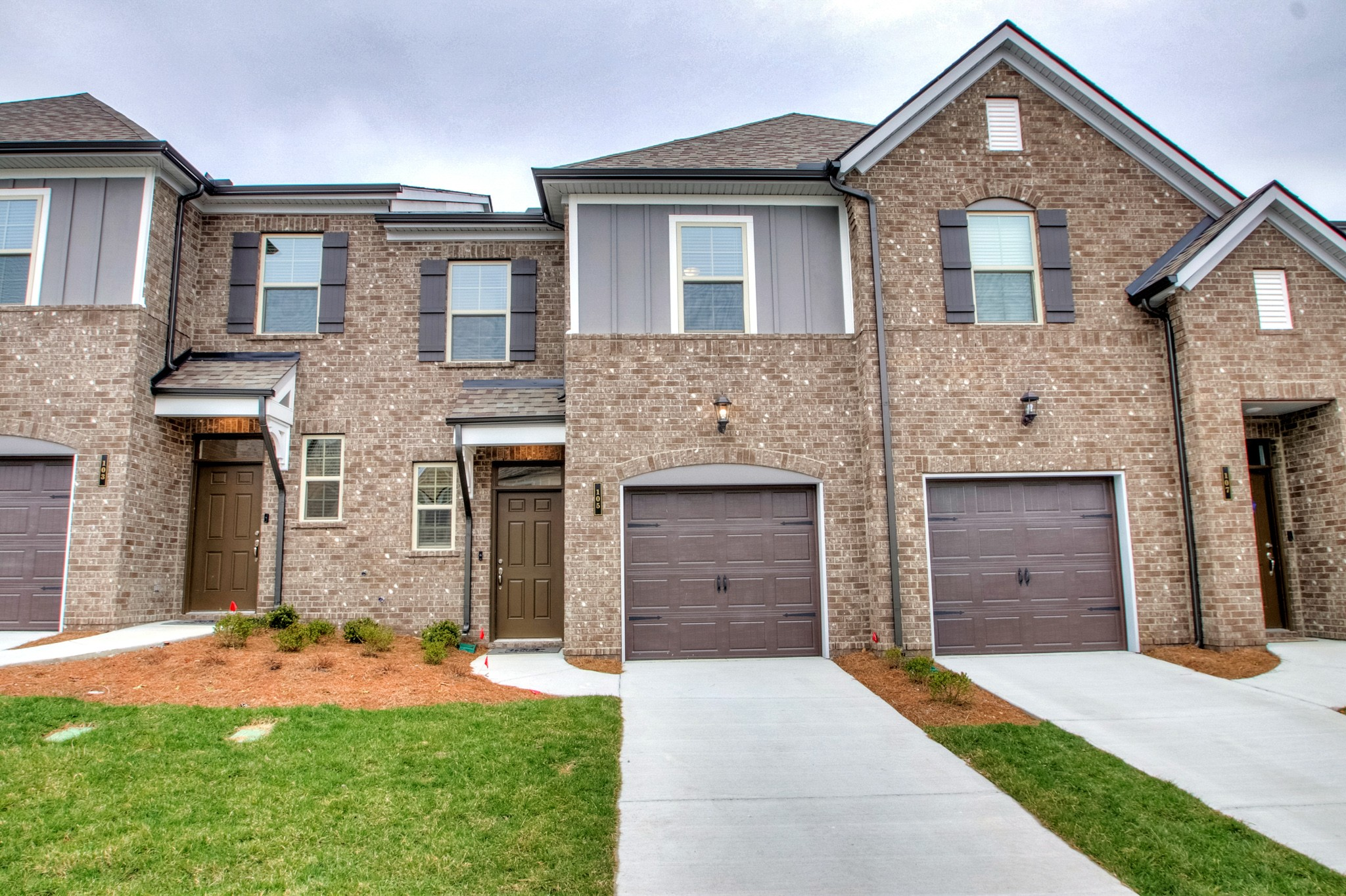 $245,990 - 3Br/3Ba -  for Sale in Holland Ridge Townhomes, Lebanon