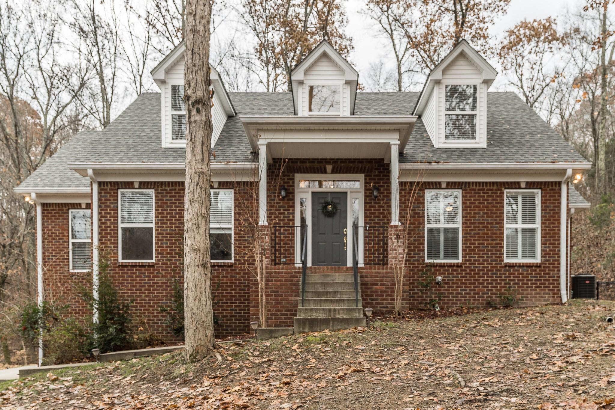 $419,900 - 3Br/3Ba -  for Sale in Langbrae Estates, Goodlettsville