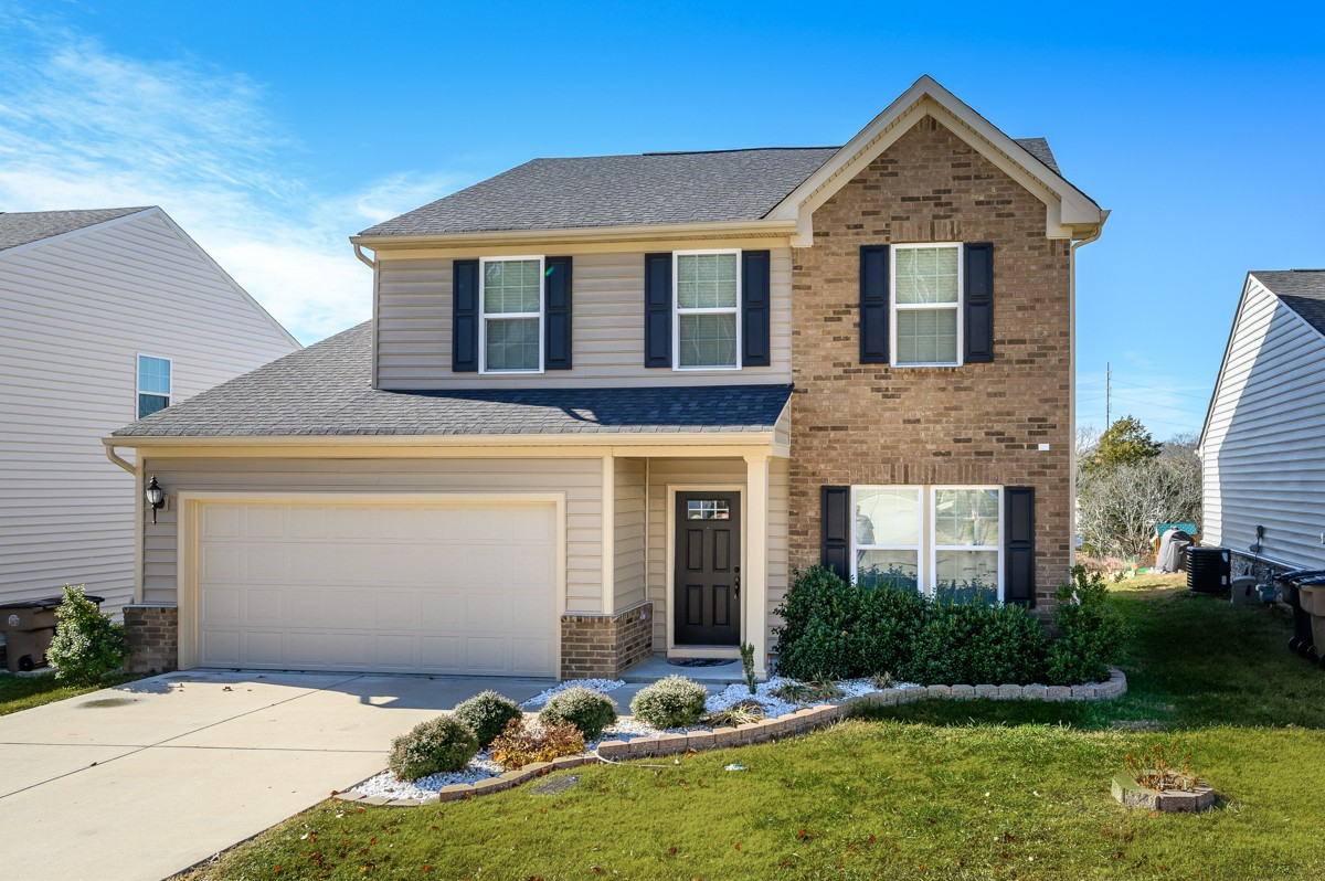 $325,000 - 3Br/3Ba -  for Sale in Parmley Cove, Nashville