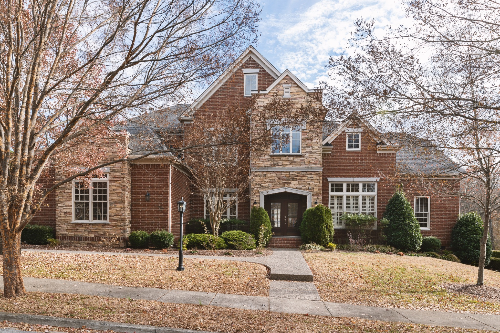 $749,900 - 5Br/4Ba -  for Sale in Mckay's Mill/hadden Hall, Franklin