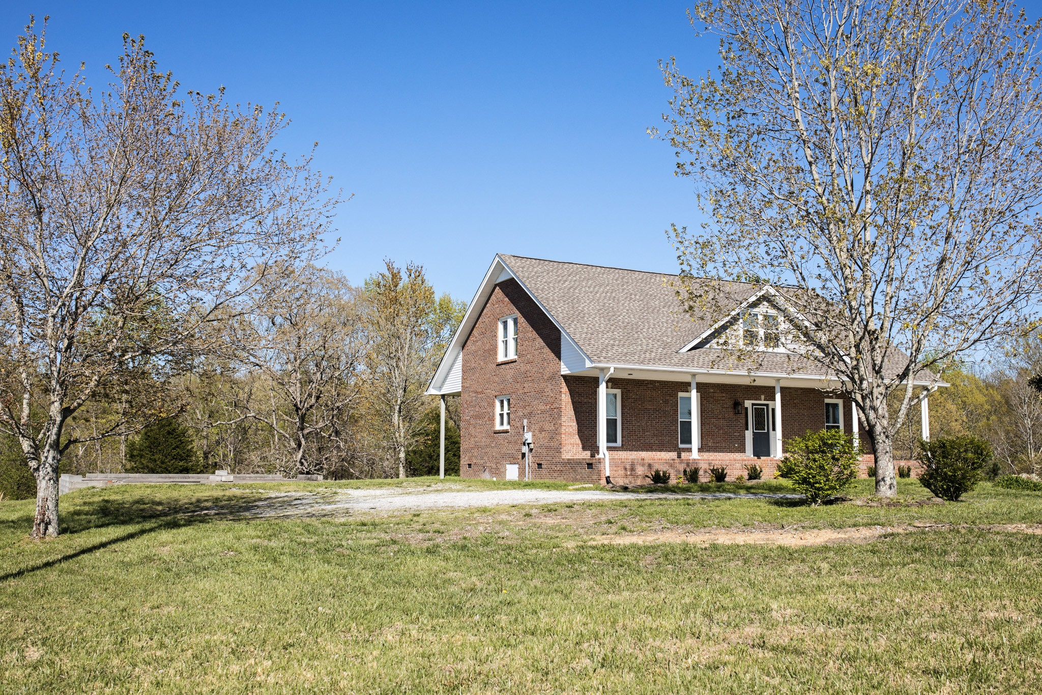 $459,900 - 4Br/3Ba -  for Sale in Na, Greenbrier