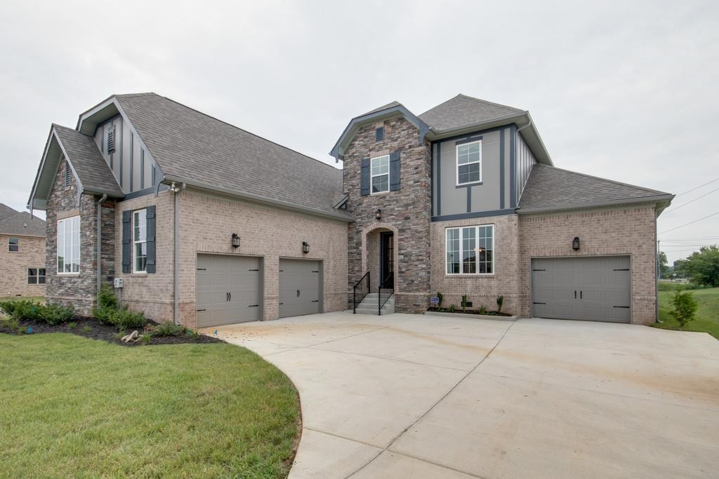 $419,900 - 3Br/3Ba -  for Sale in Clear Creek Sec 1, Smyrna