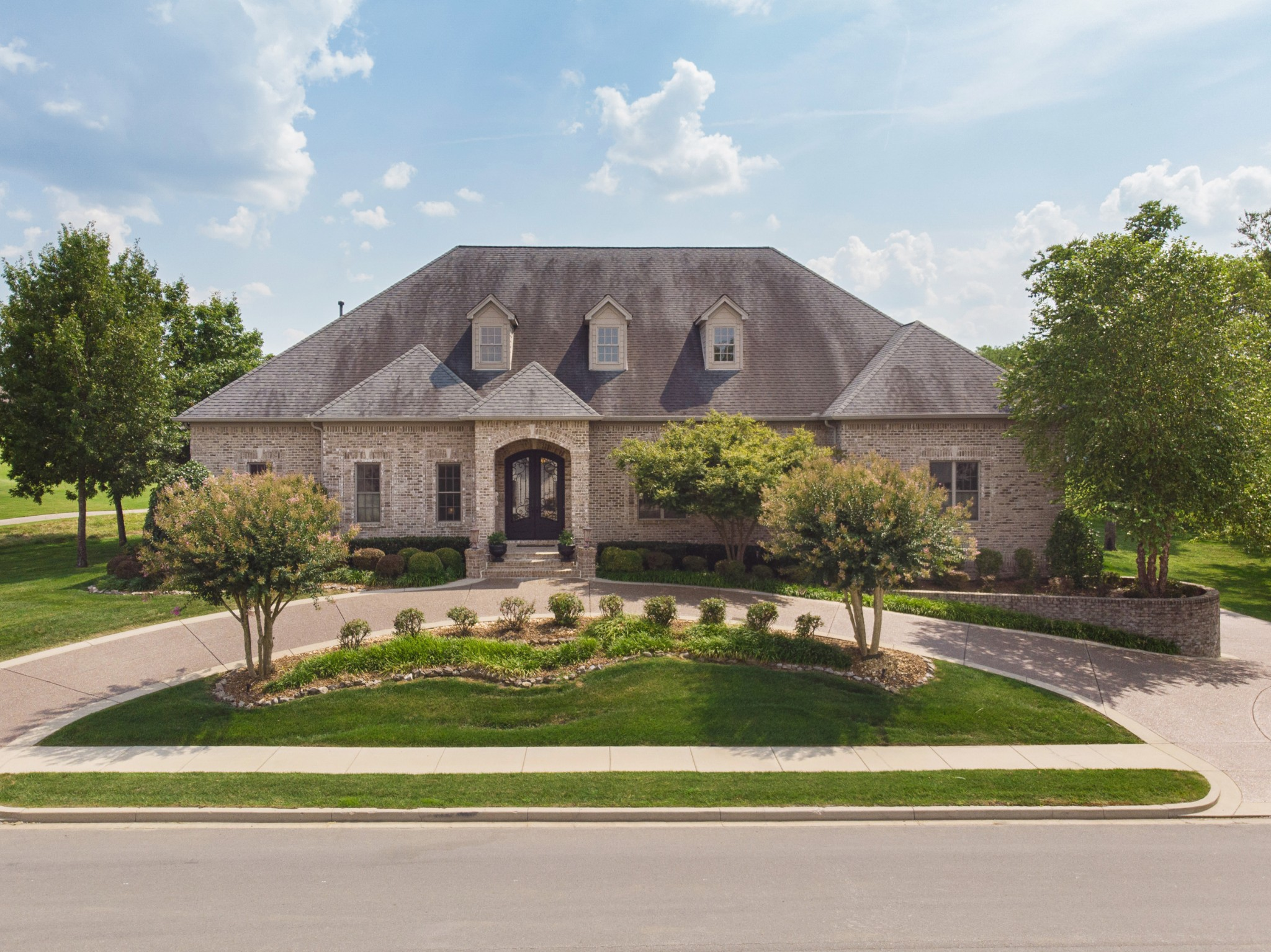 $1,025,000 - 3Br/4Ba -  for Sale in Foxland Ph 1 Sec 2, Gallatin