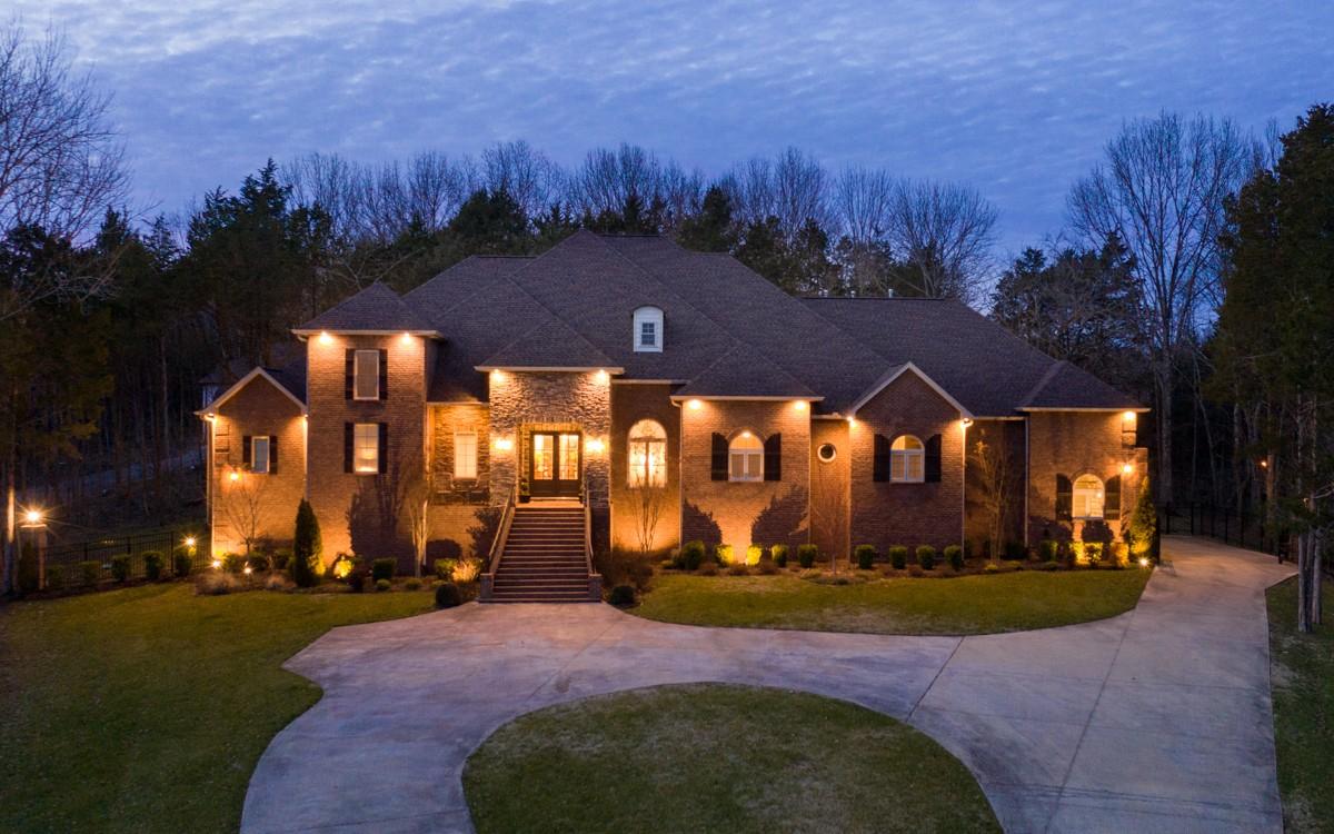 $998,000 - 4Br/5Ba -  for Sale in Carter Creek Ph 3, Hendersonville