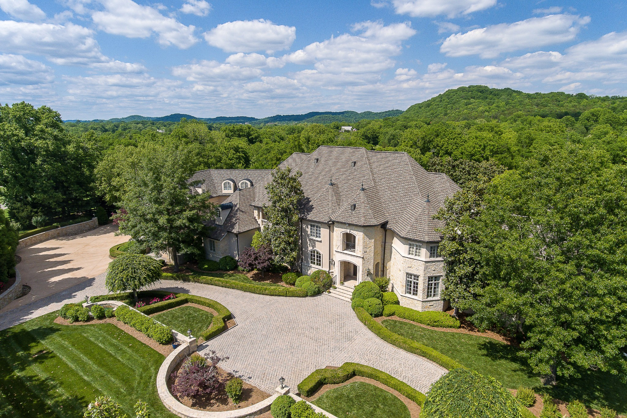 $5,999,000 - 5Br/11Ba -  for Sale in Hidden River, Franklin