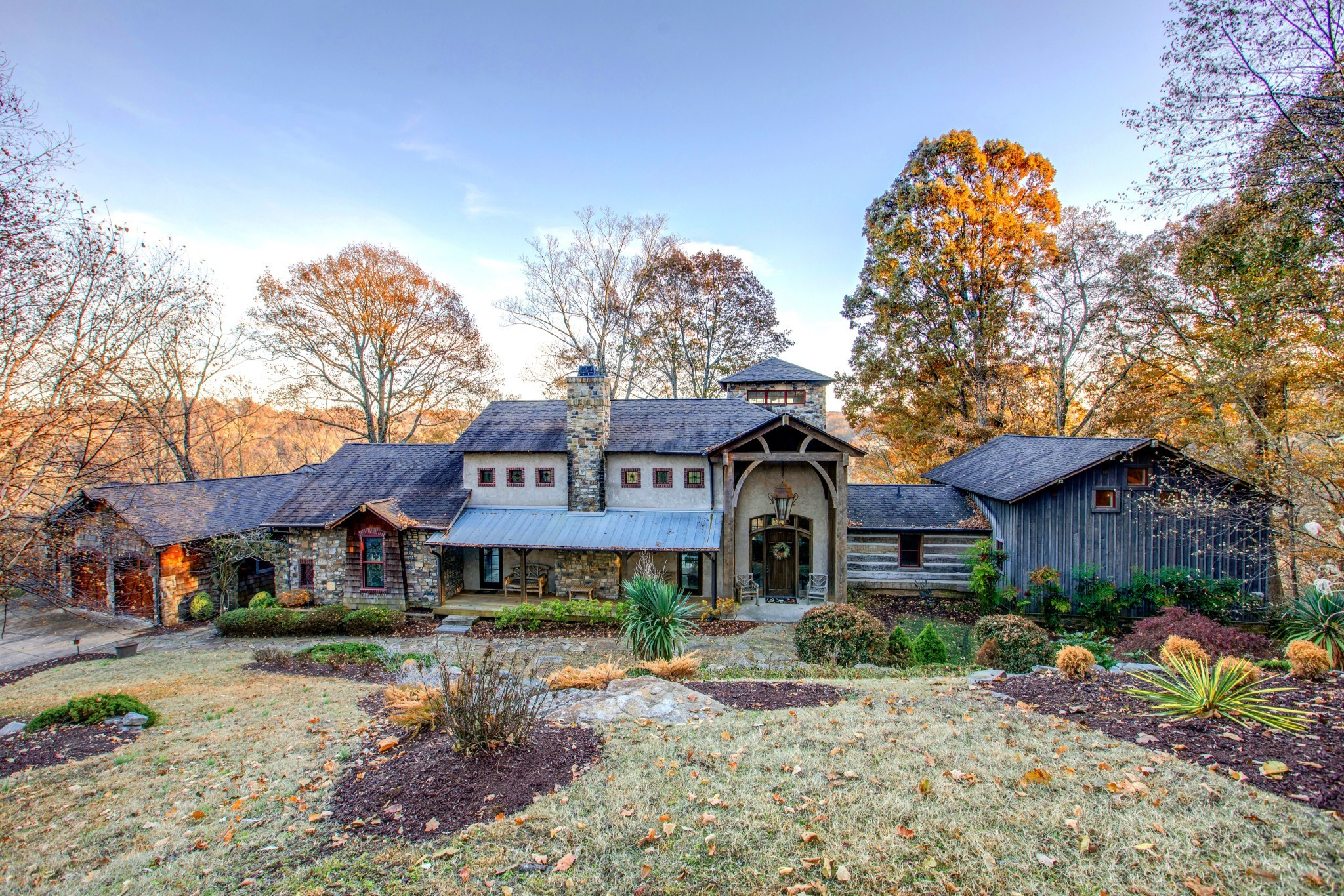 $2,575,000 - 4Br/5Ba -  for Sale in None, Brentwood