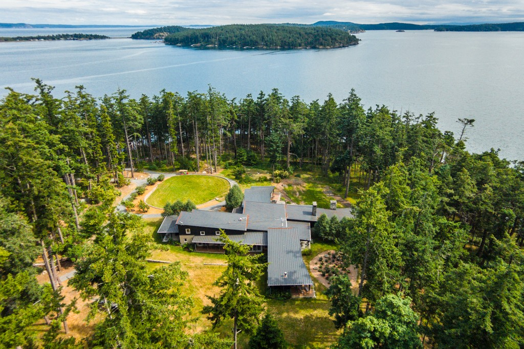 $8,750,000 - 6Br/2Ba -  for Sale in Other Islands, Decatur Island